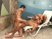 Trio brasileiro fazendo filme pornô gay com muito anal