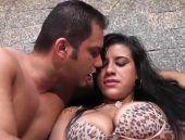 Morena brasileira Aline Rios fodendo muito gostoso