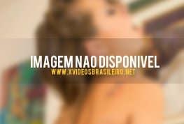 Novinha brasileira caiu na net fodendo de quatro