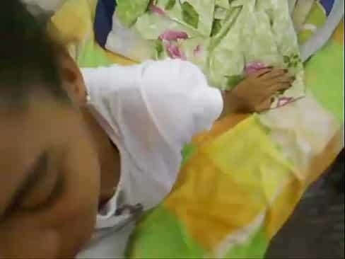 Novinha safada mamando a piroca do primo tesudo