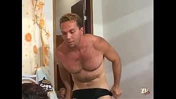 Taty Mello brasileira em filme pornô metendo muito