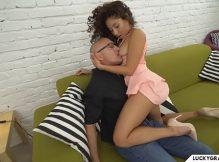 Porno brasileiro gratis mulata linda dando a bucetinha até gozar
